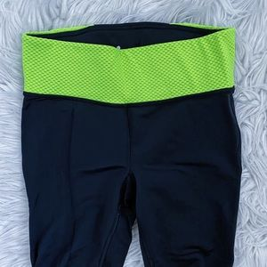Under Armour Black and Neon Yellow Capri Size S